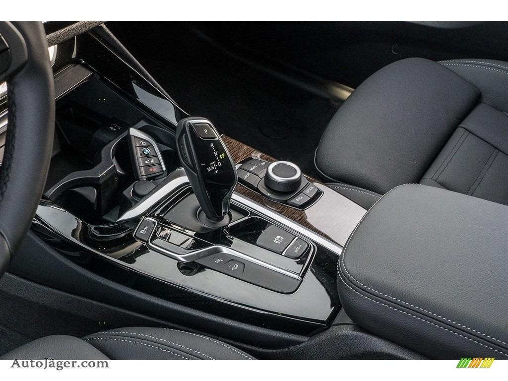 2018 X3 xDrive30i - Dark Graphite Metallic / Black photo #7