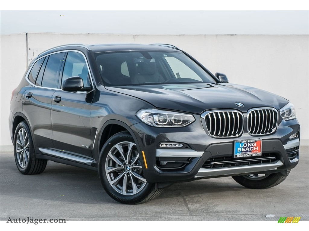 2018 X3 xDrive30i - Dark Graphite Metallic / Black photo #12