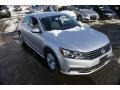 Volkswagen Passat S Sedan Reflex Silver Metallic photo #1