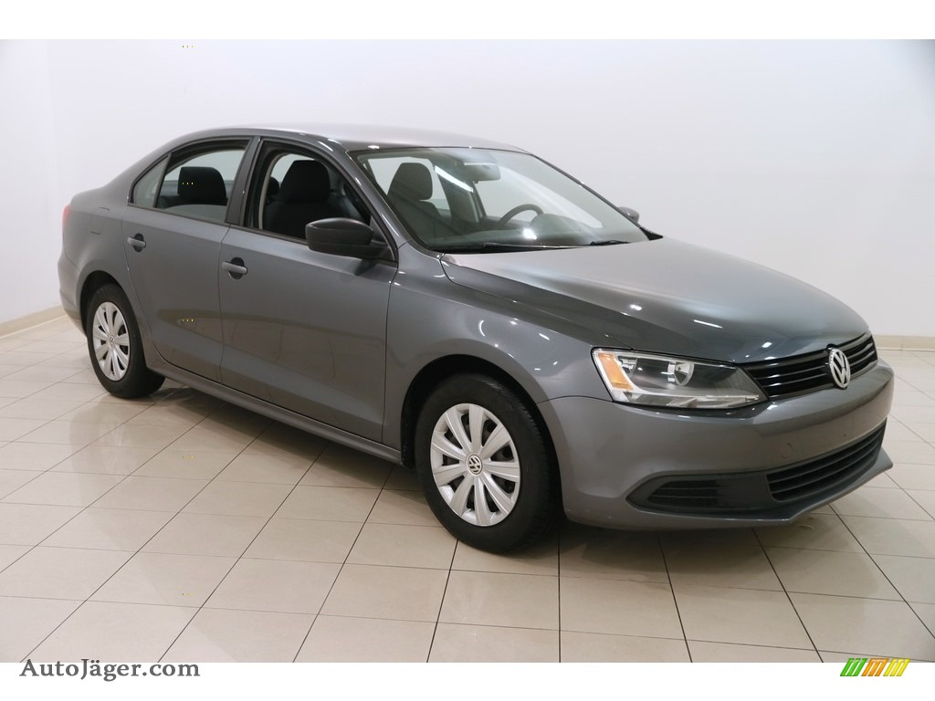 2014 Jetta S Sedan - Platinum Gray Metallic / Titan Black photo #1