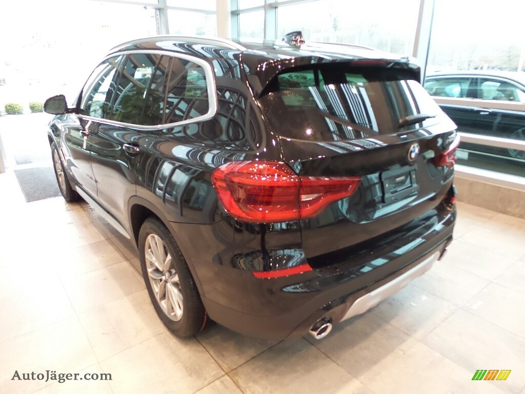 2018 X3 xDrive30i - Jet Black / Black photo #2