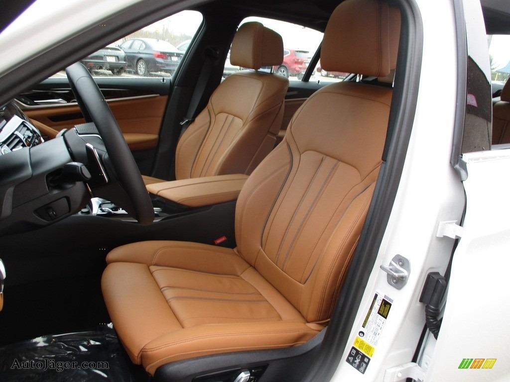 2018 5 Series 540i xDrive Sedan - Alpine White / Cognac photo #12