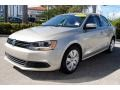 Volkswagen Jetta SE Sedan Moonrock Silver Metallic photo #5