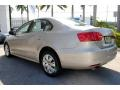 Volkswagen Jetta SE Sedan Moonrock Silver Metallic photo #7