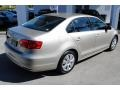 Volkswagen Jetta SE Sedan Moonrock Silver Metallic photo #9