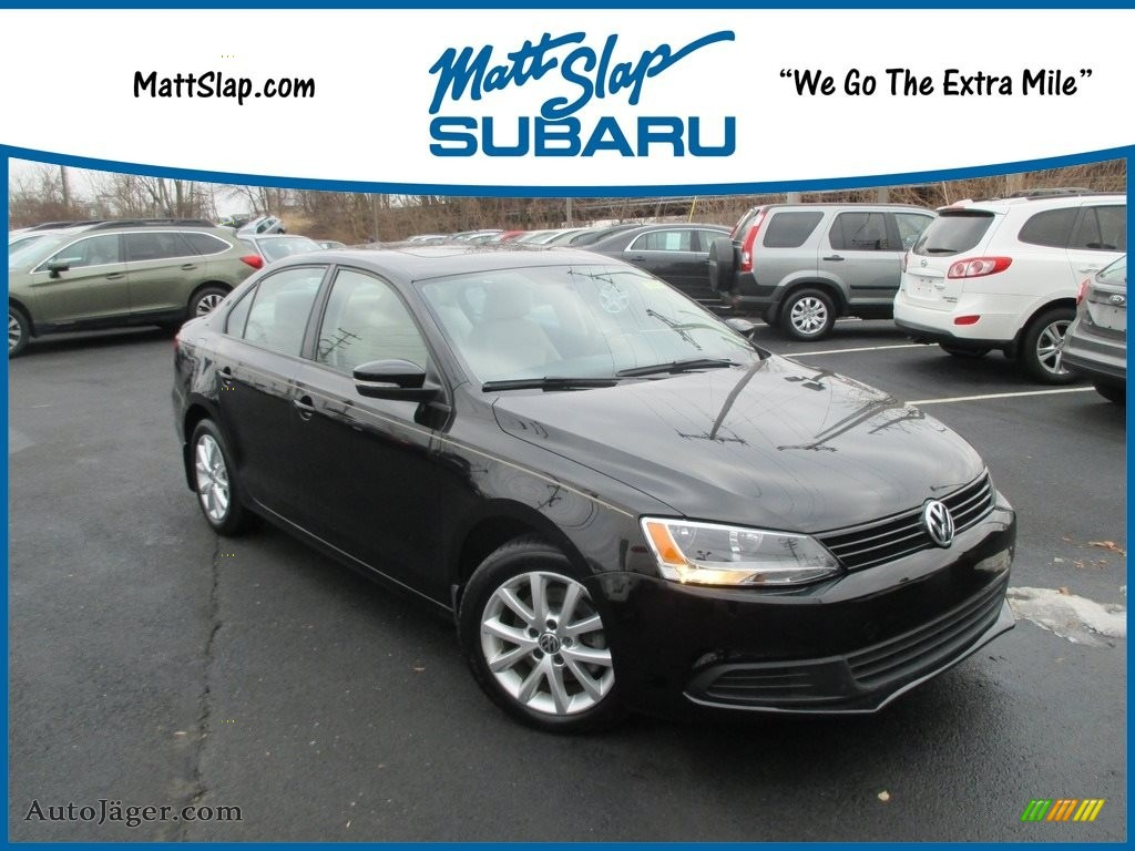 2011 Jetta SE Sedan - Black / Cornsilk Beige photo #1