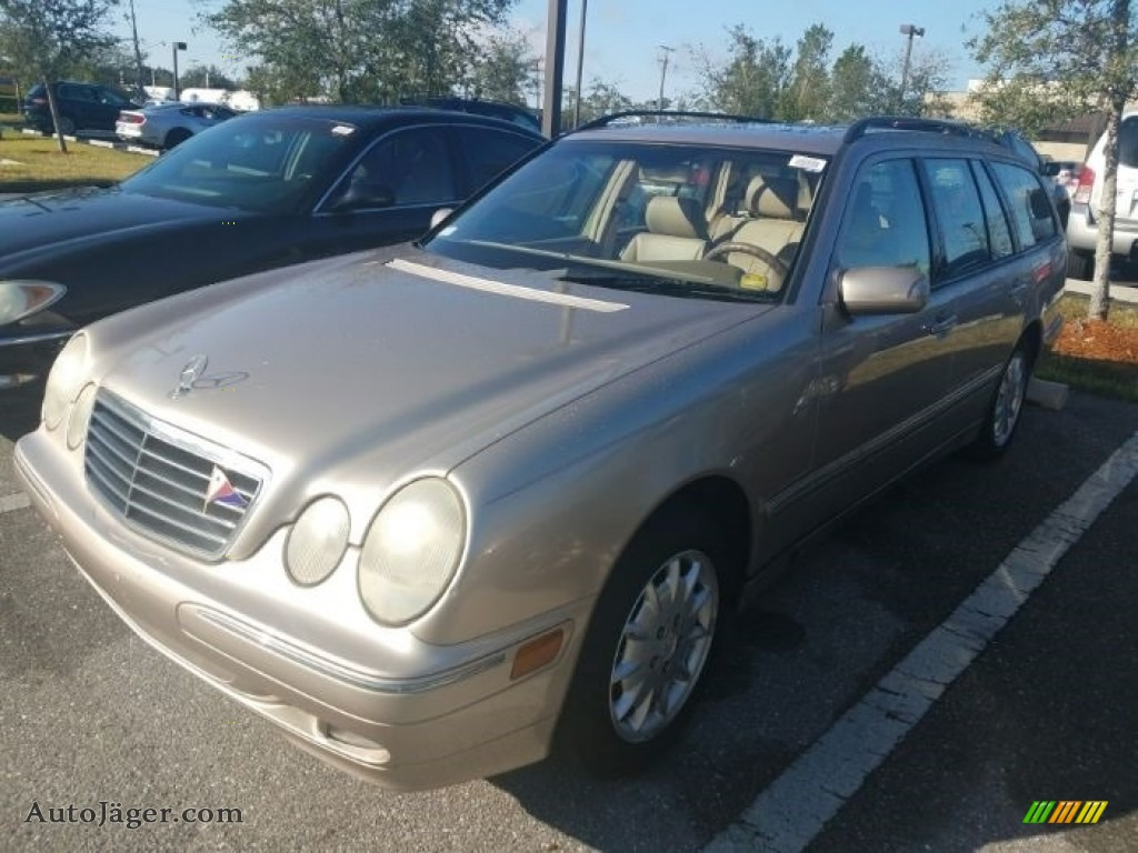 2001 E 320 4Matic Wagon - Desert Silver Metallic / Java photo #1