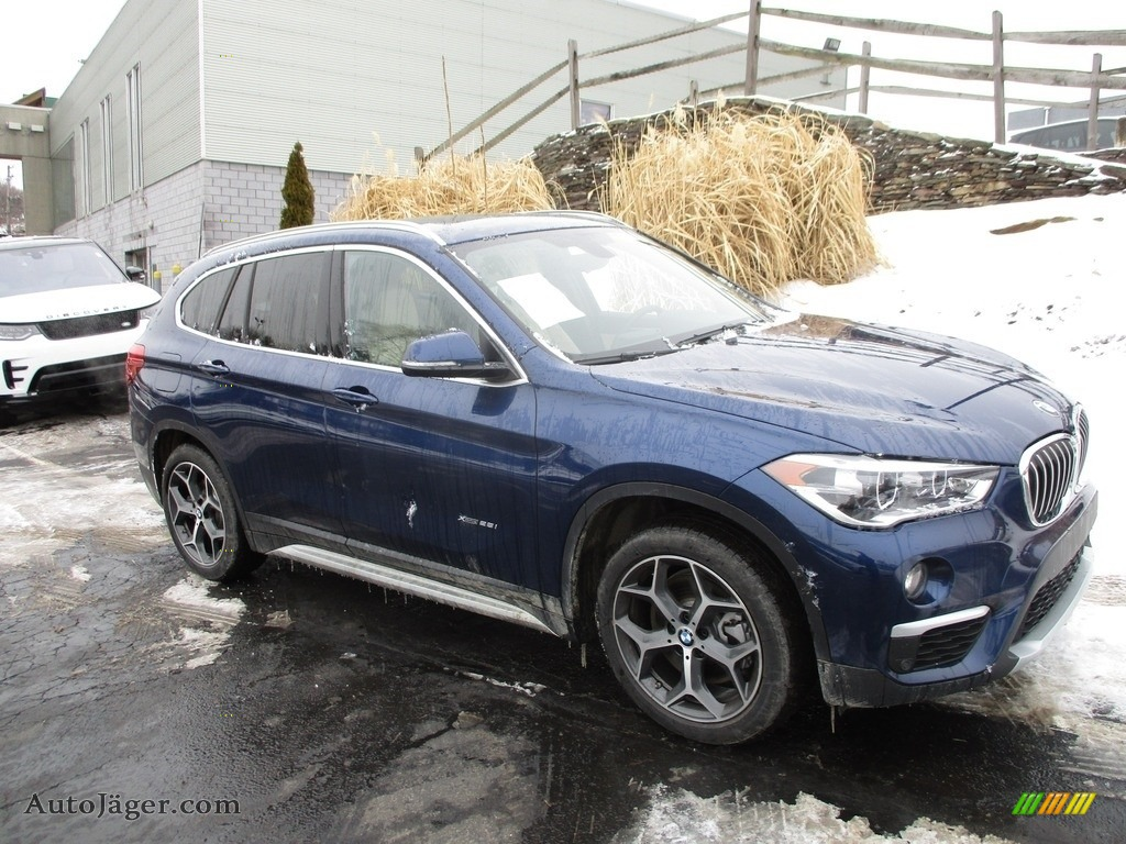 2017 X1 xDrive28i - Mediterranean Blue Metallic / Canberra Beige photo #1
