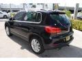 Volkswagen Tiguan SE 4Motion Deep Black Metallic photo #6