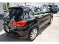 Volkswagen Tiguan SE 4Motion Deep Black Metallic photo #9