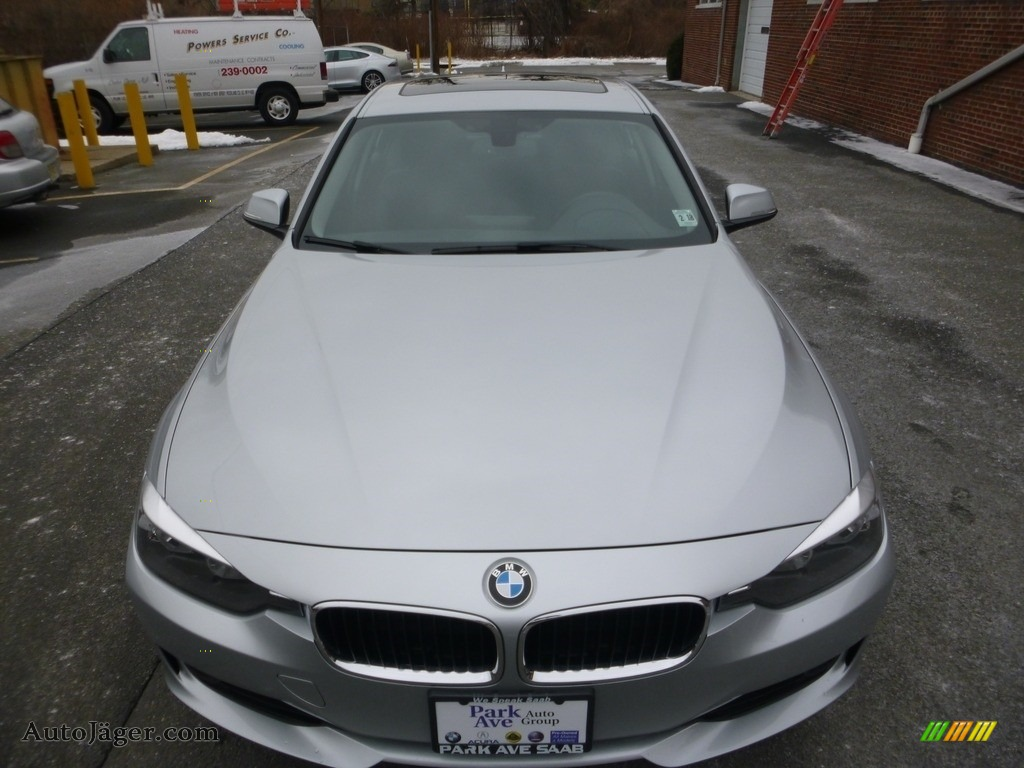 2013 3 Series 328i xDrive Sedan - Glacier Silver Metallic / Black photo #8