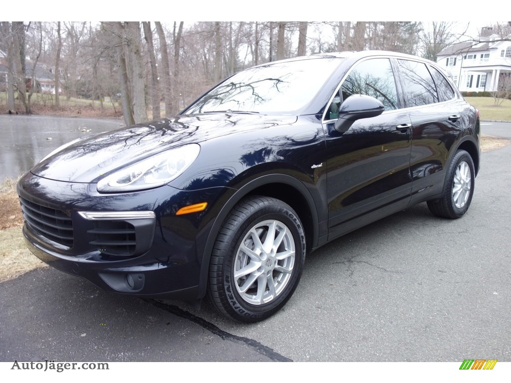 2015 Cayenne Diesel - Moonlight Blue Metallic / Black/Luxor Beige photo #1
