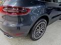 Porsche Macan Turbo Volcano Grey Metallic photo #10
