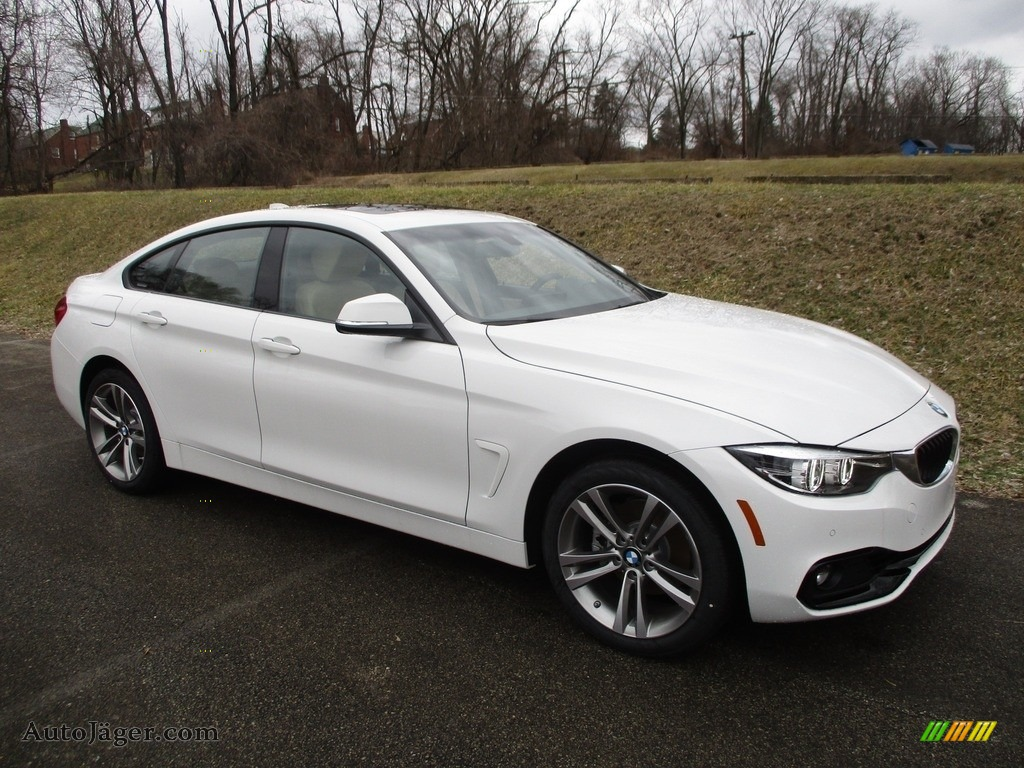 2018 4 Series 430i xDrive Gran Coupe - Alpine White / Venetian Beige/Black photo #1