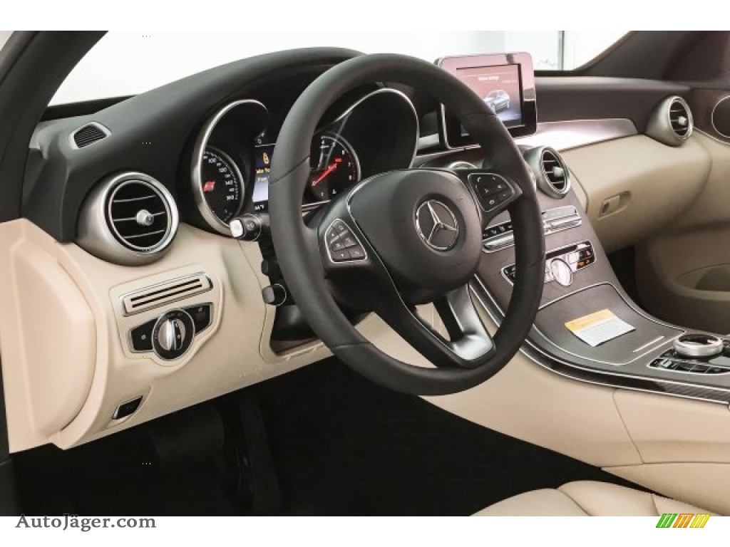 Polar White / Silk Beige/Black Mercedes-Benz C 300 Sedan