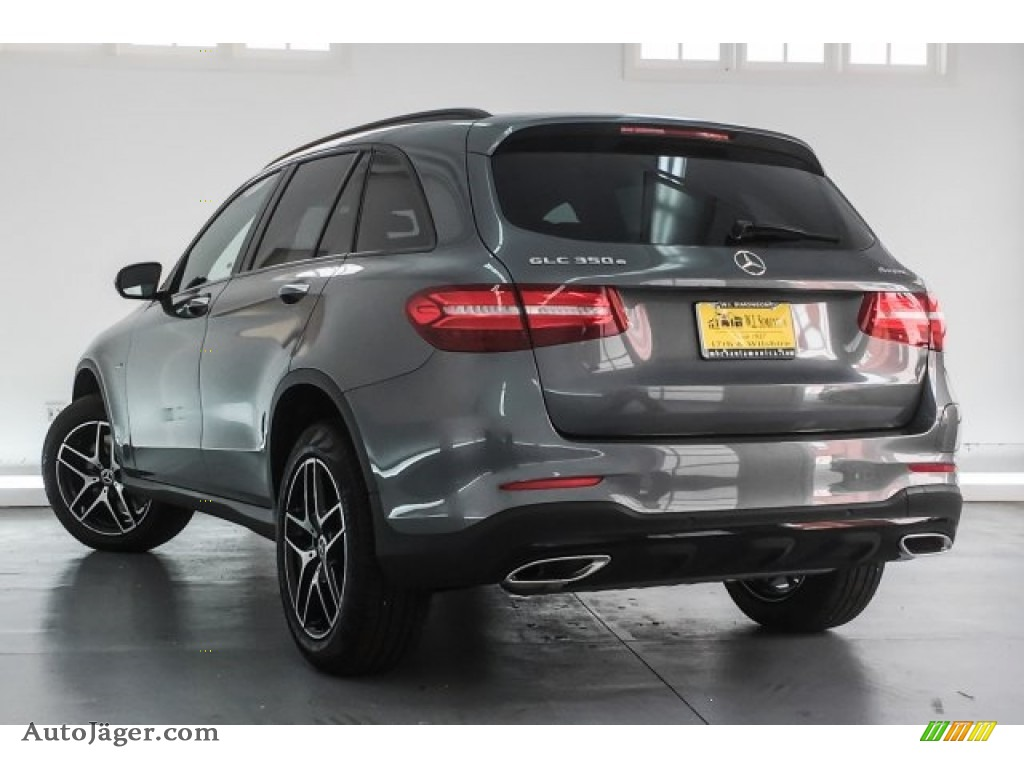 2018 GLC 350e 4Matic - Selenite Grey Metallic / Black photo #3