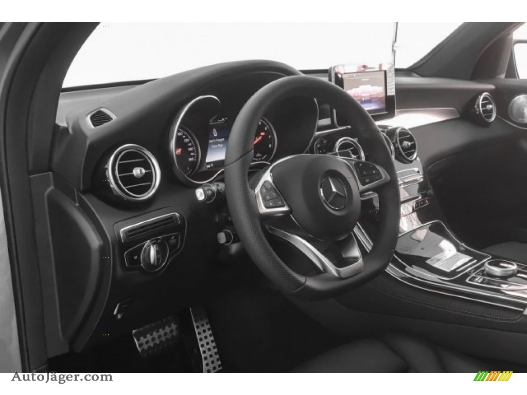 2018 GLC 350e 4Matic - Selenite Grey Metallic / Black photo #5