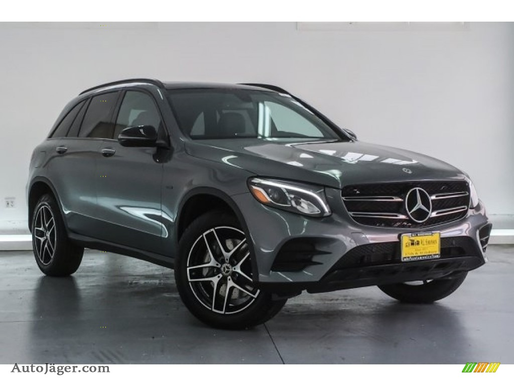 2018 GLC 350e 4Matic - Selenite Grey Metallic / Black photo #12