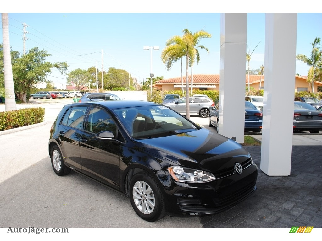 2015 Golf 4 Door 1.8T S - Black / Black photo #1