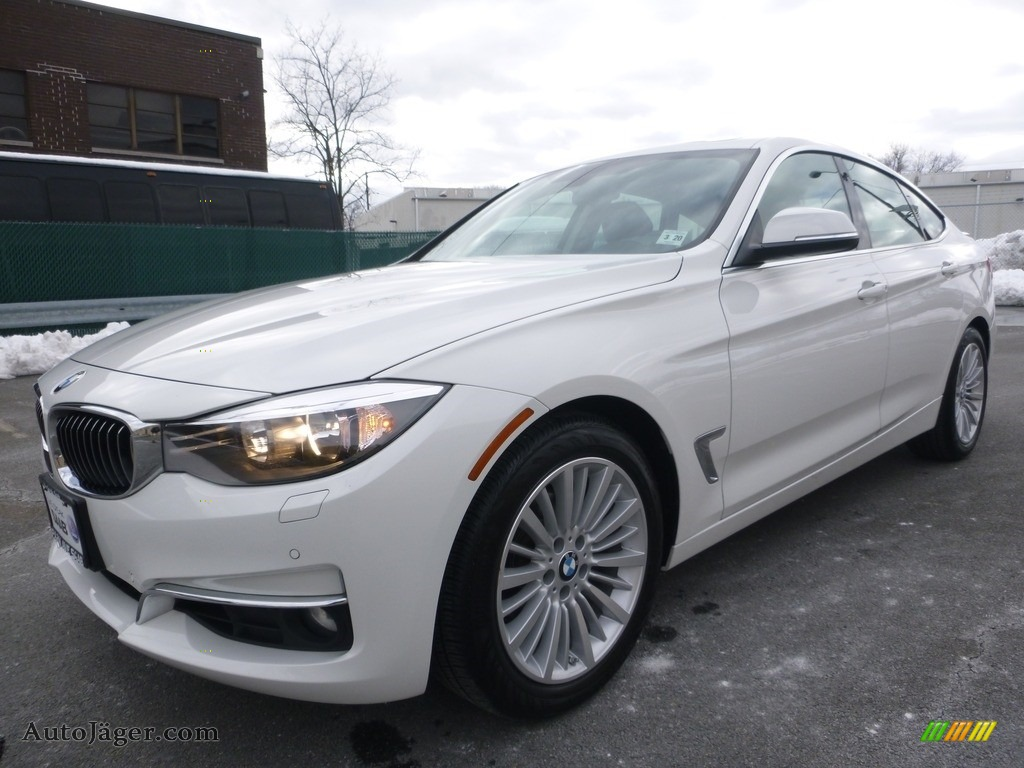 2015 3 Series 328i xDrive Gran Turismo - Alpine White / Black photo #1