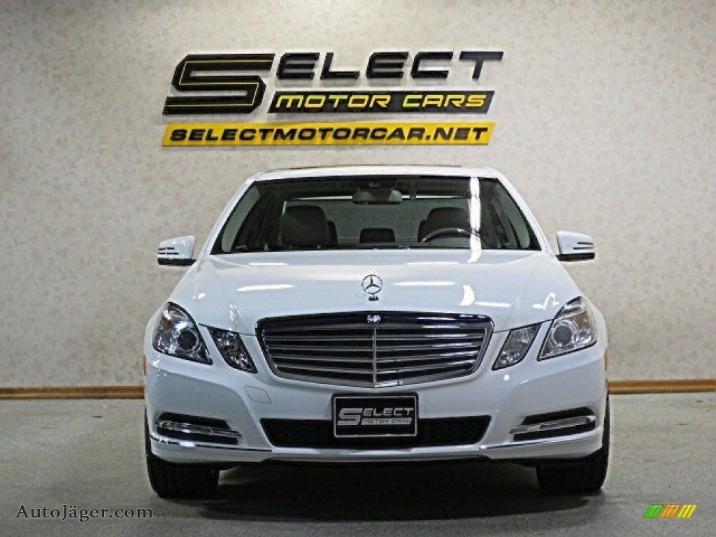 2013 E 350 4Matic Sedan - Polar White / Almond/Black photo #2