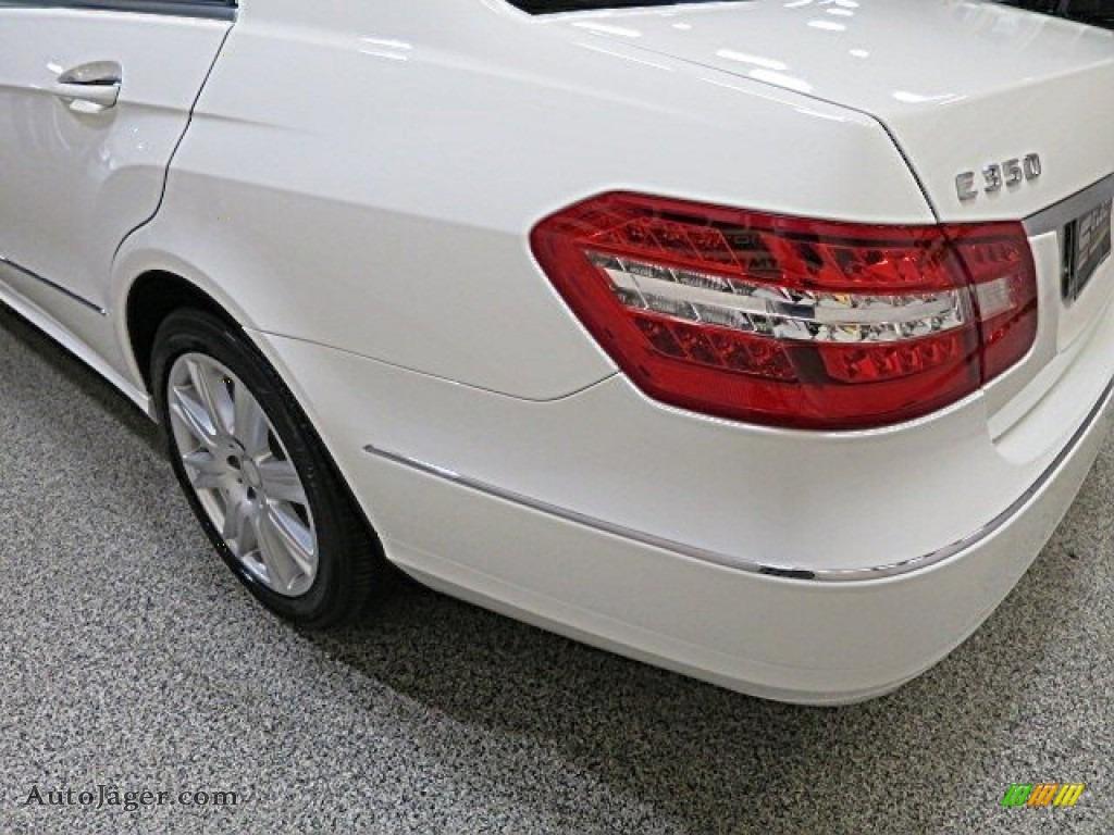 2013 E 350 4Matic Sedan - Polar White / Almond/Black photo #6
