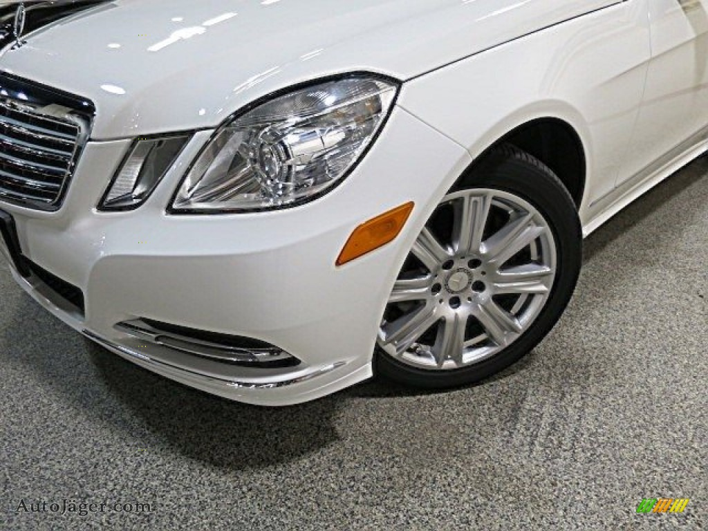 2013 E 350 4Matic Sedan - Polar White / Almond/Black photo #9