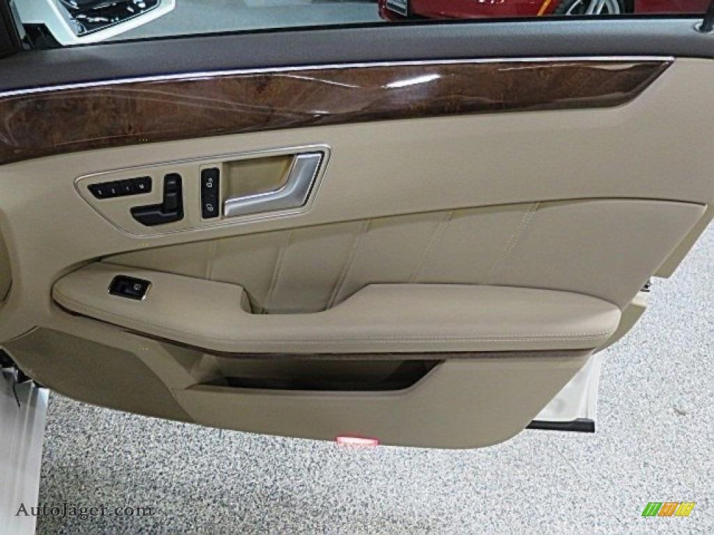 2013 E 350 4Matic Sedan - Polar White / Almond/Black photo #19