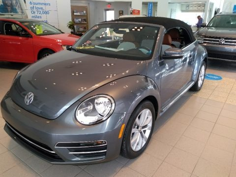 Platinum Gray Metallic 2017 Volkswagen Beetle 1.8T S Convertible