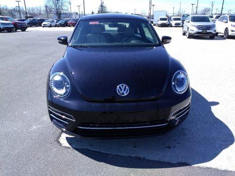 Deep Black Pearl 2018 Volkswagen Beetle Coast