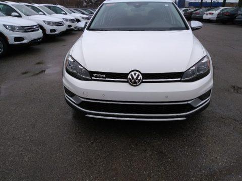Pure White 2018 Volkswagen Golf Alltrack SEL 4Motion
