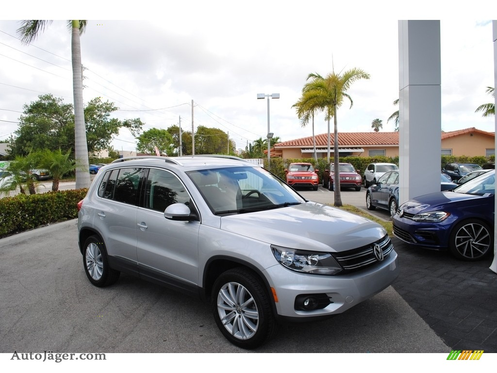2014 Tiguan SE - Reflex Silver Metallic / Black photo #1