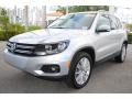 Volkswagen Tiguan SE Reflex Silver Metallic photo #5