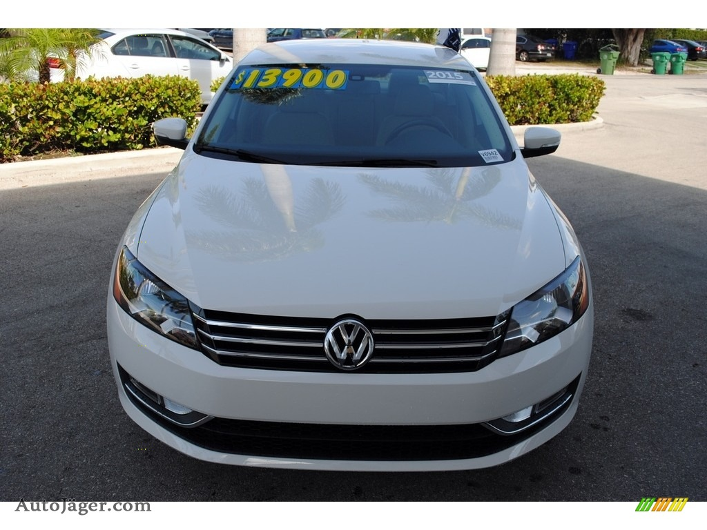 2015 Passat Wolfsburg Edition Sedan - Candy White / Cornsilk Beige photo #3