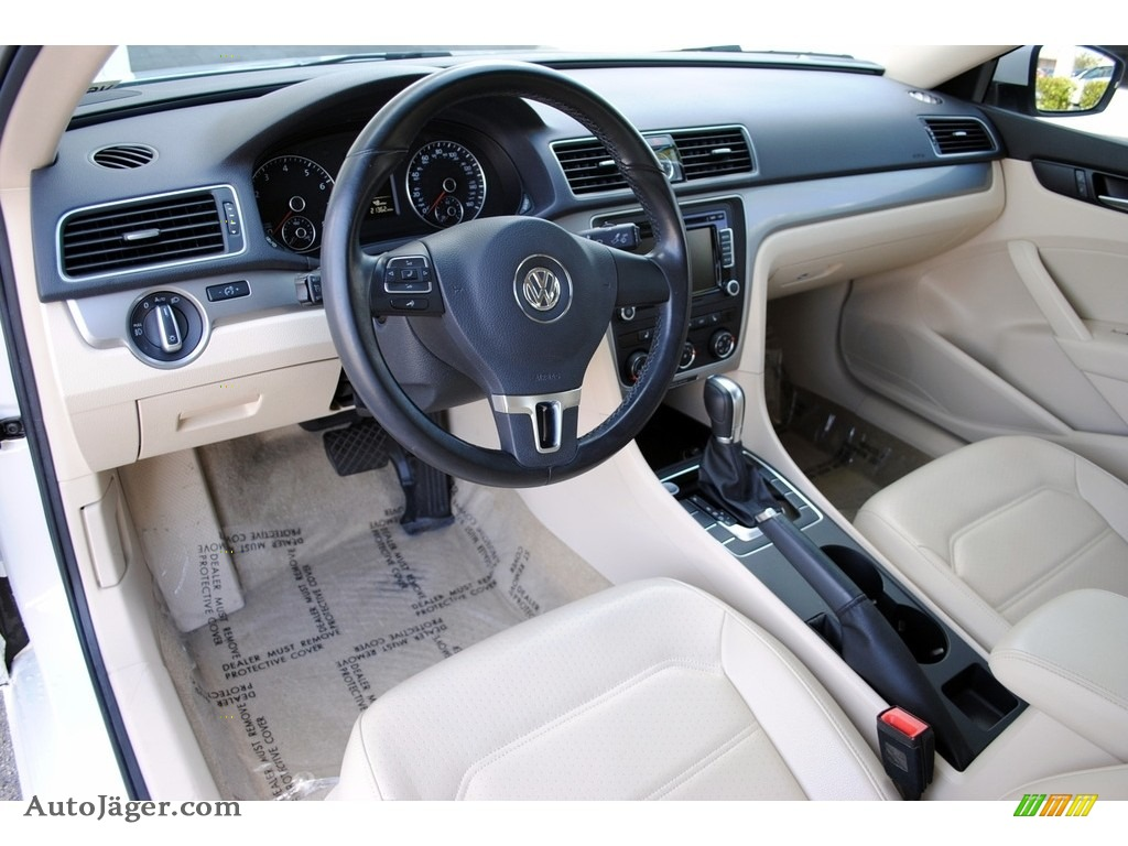 2015 Passat Wolfsburg Edition Sedan - Candy White / Cornsilk Beige photo #15