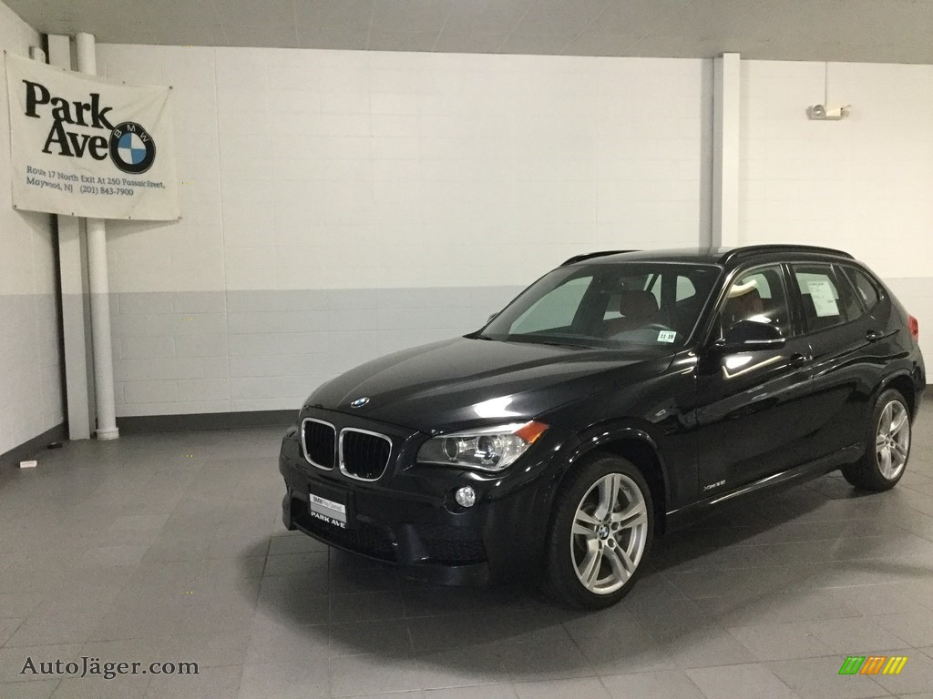 2015 X1 xDrive35i - Black Sapphire Metallic / Black photo #1