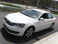 Volkswagen Passat 2.5L SE Candy White photo #5