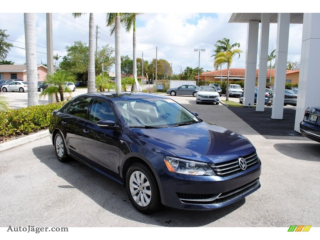 2014 Passat 1.8T Wolfsburg Edition - Night Blue Metallic / Titan Black photo #1