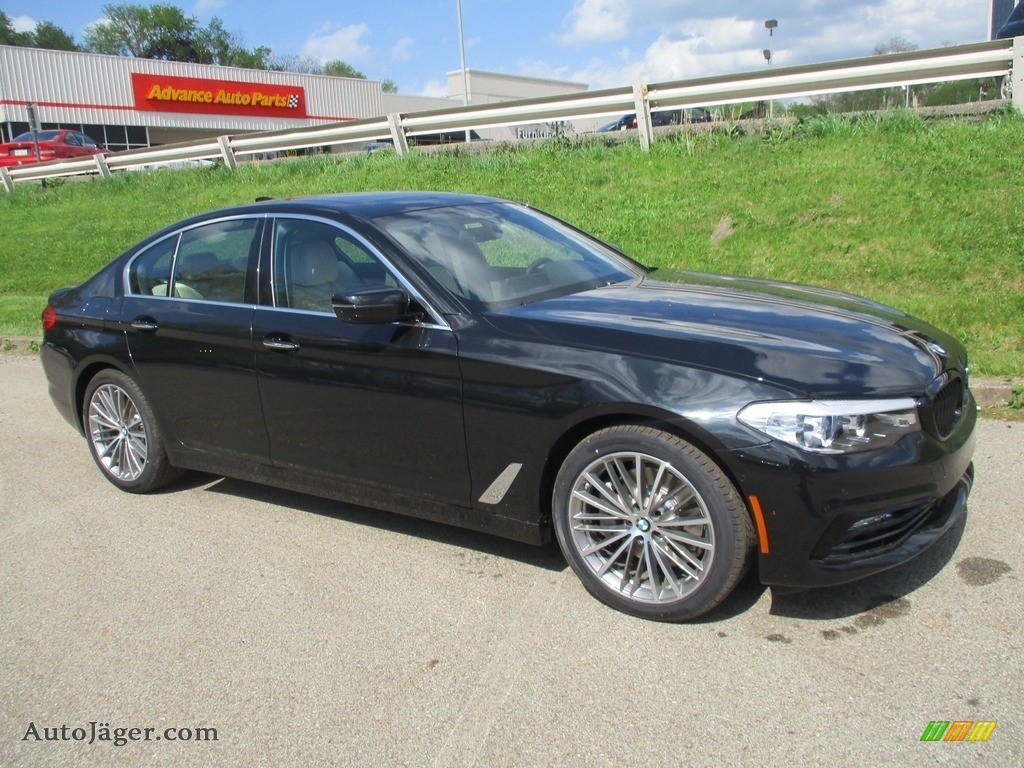 2018 5 Series 540i xDrive Sedan - Black Sapphire Metallic / Canberra Beige/Black photo #1