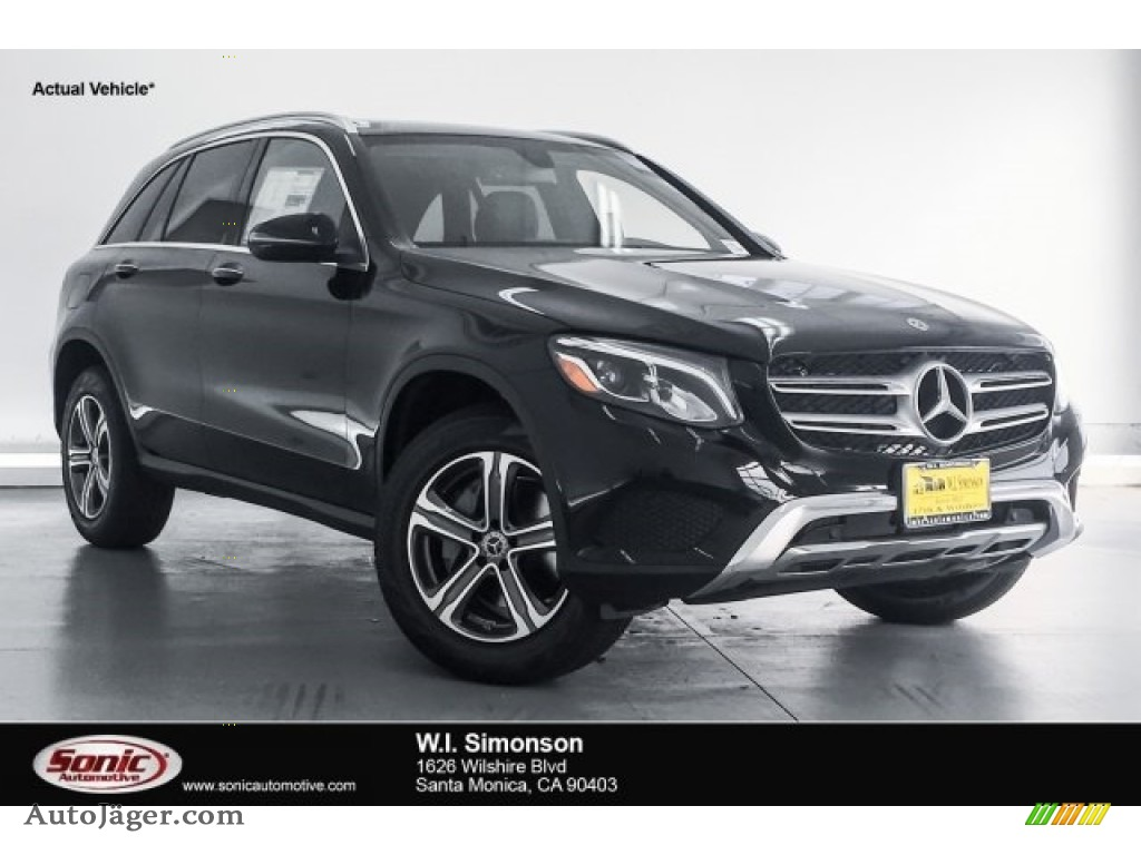 2018 GLC 300 - Black / Black photo #1
