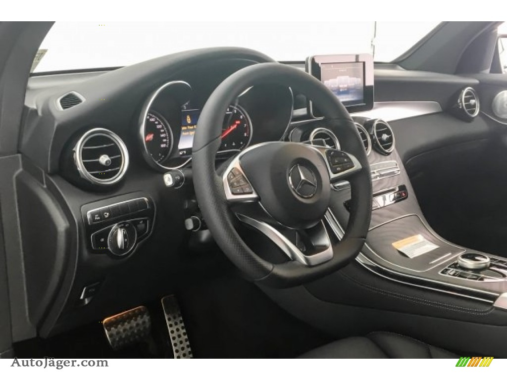 2018 GLC 300 4Matic Coupe - Selenite Grey Metallic / Black photo #5
