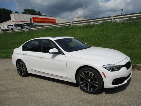 Alpine White 2018 BMW 3 Series 330i xDrive Sedan
