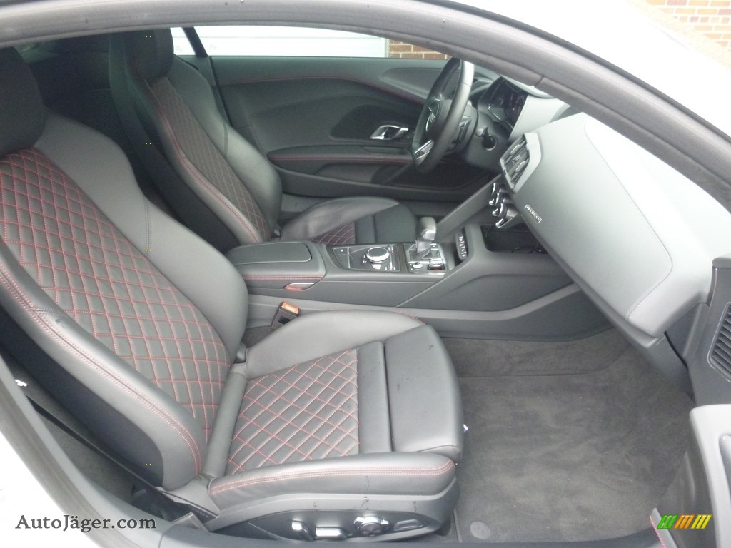 2017 R8 V10 - Suzuka Gray Metallic / Black/Express Red Stitching photo #16