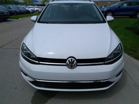 Pure White 2018 Volkswagen Golf SportWagen SE