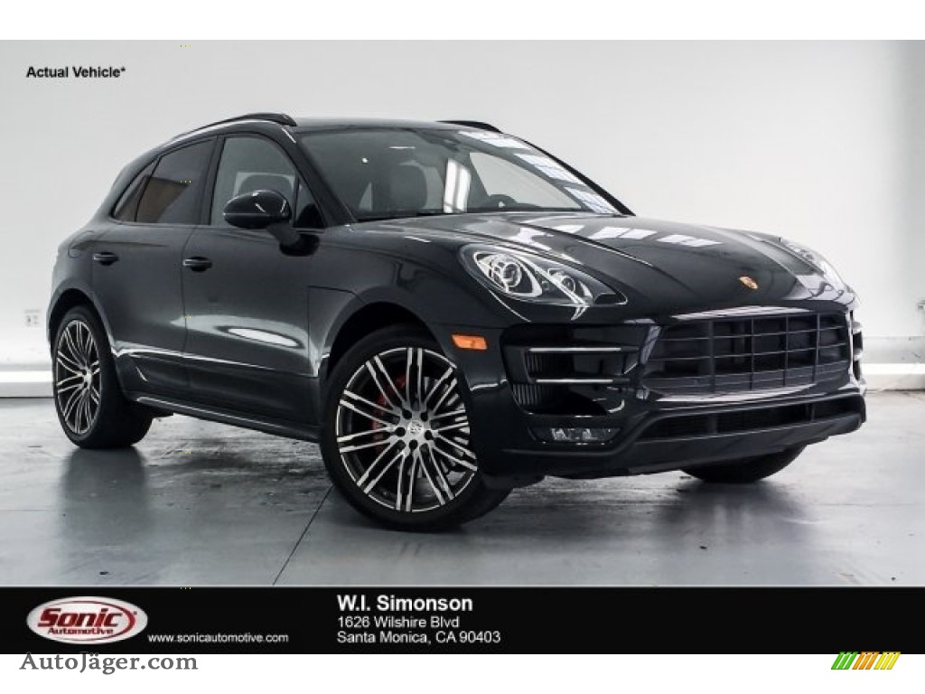 Black / Black Porsche Macan Turbo