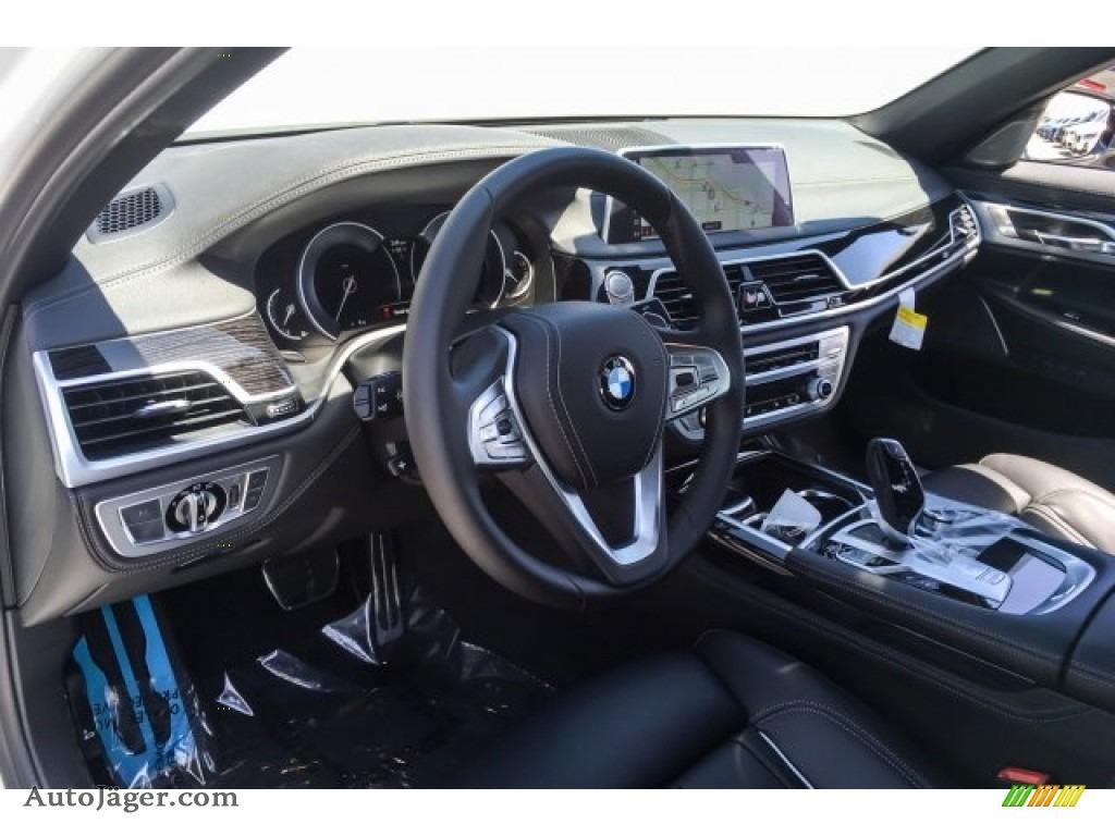 2019 7 Series 750i Sedan - Alpine White / Black photo #5
