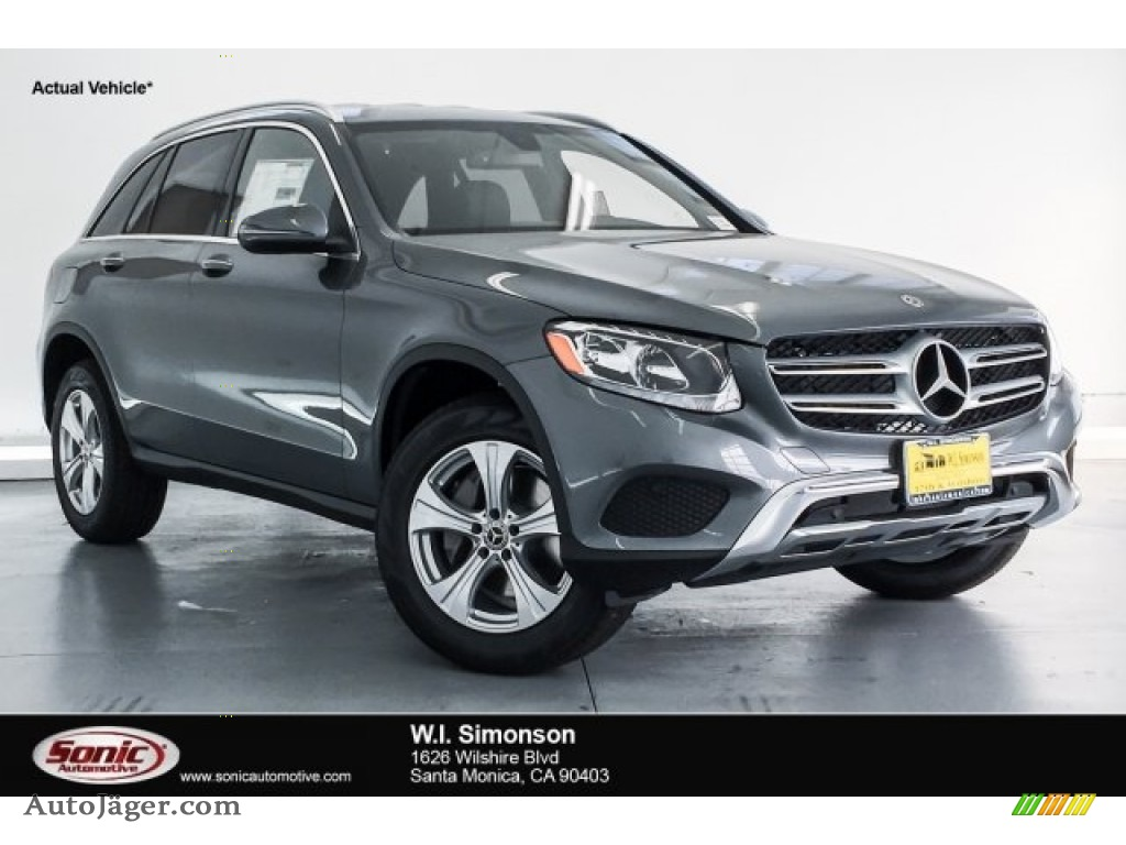 2018 GLC 300 - Selenite Grey Metallic / Black photo #1