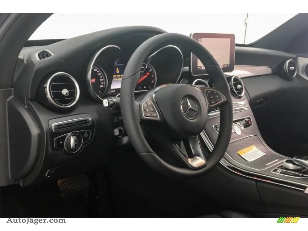 2018 C 300 Sedan - Black / Black photo #5
