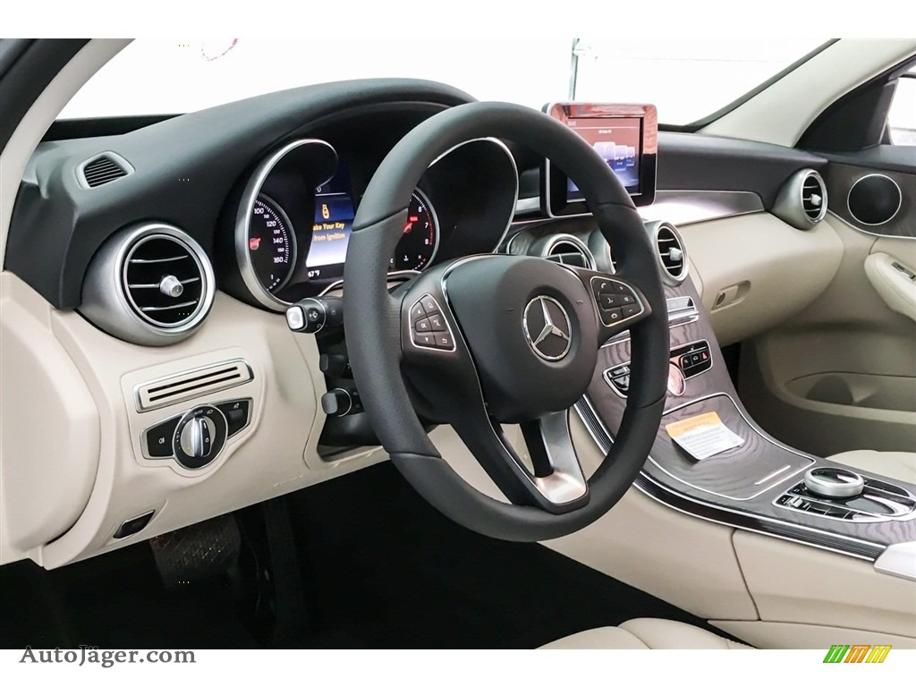 2018 C 300 Sedan - Lunar Blue Metallic / Silk Beige/Black photo #5
