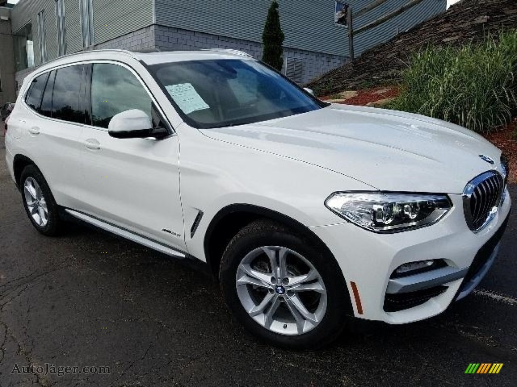 2018 X3 xDrive30i - Alpine White / Canberra Beige/Black photo #1